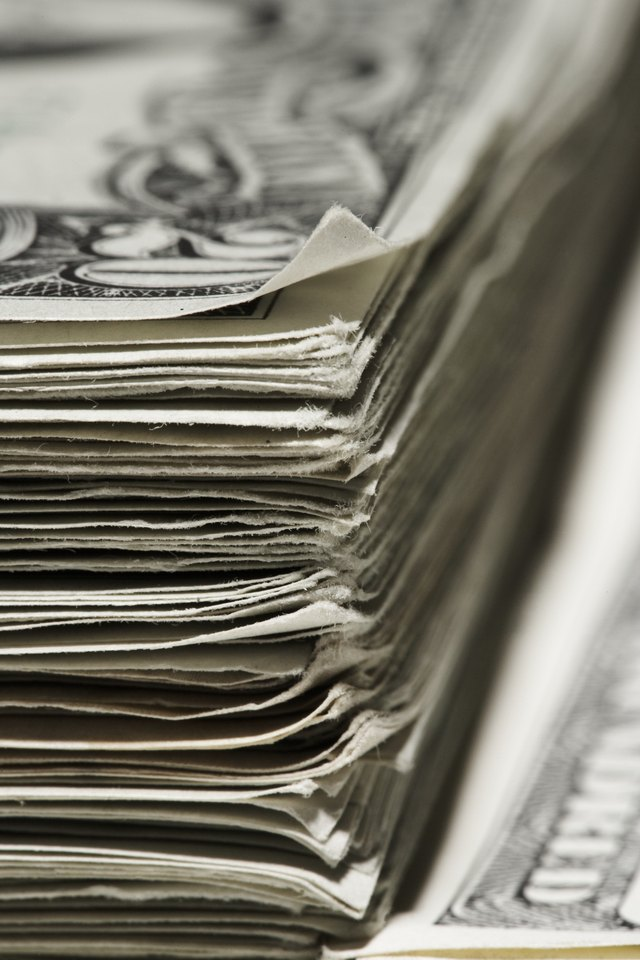 Is The Irs Suspicious If You Deposit Large Amounts Of Cash In A Bank
