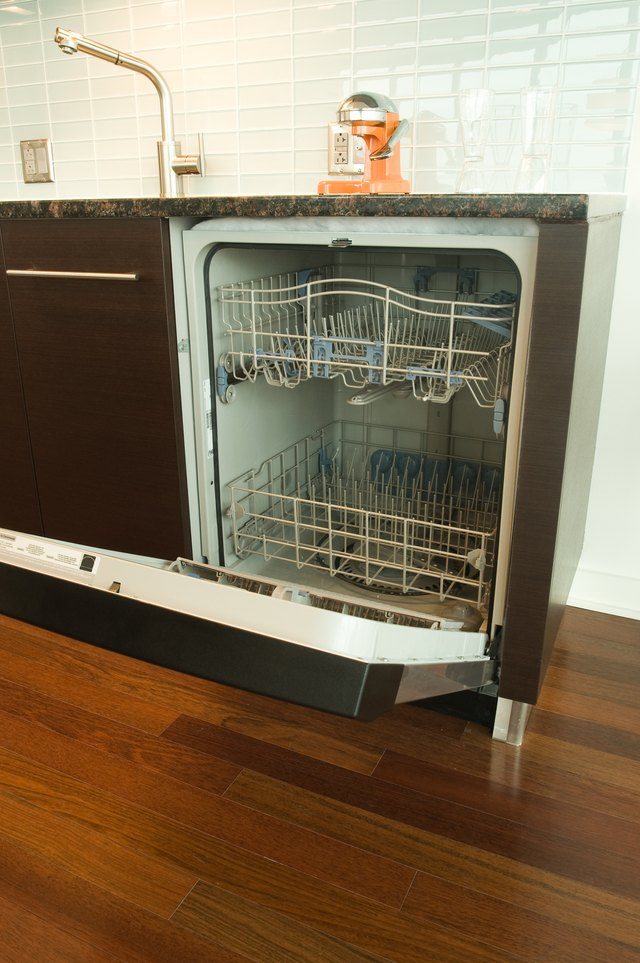 How To Clean The Inside Of A Dishwasher To Remove Soap