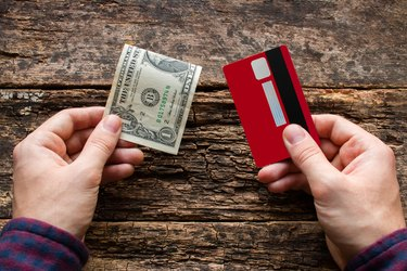 How to Pay Off Credit Cards With Cash
