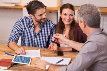 How to Get a Personal Loan to Rent an Apartment
