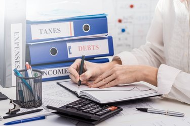 Income, taxes, and expenses accounting