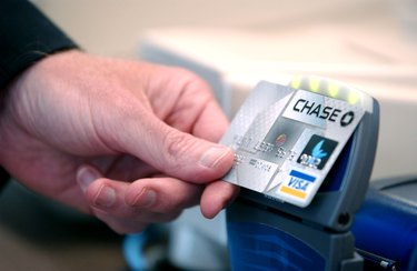 """Chase Introduces Bank Cards With """"Blink"""" Technology"""