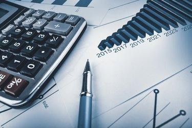Analysing data, pen, calculator and graphs