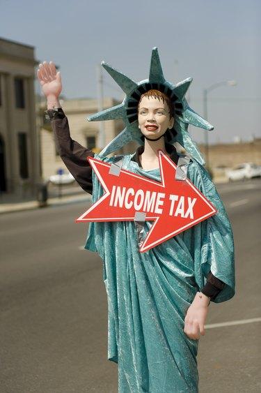 Income Tax Statue of Liberty