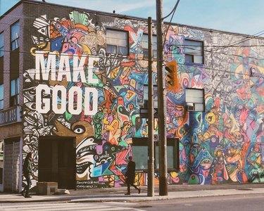 """Building mural - """"MAKE GOOD"""""""