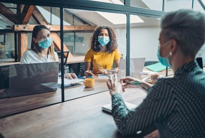 Safe communication in the office during the pandemic