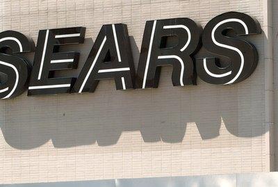 June Retail Sales Rise 0.5 Percent