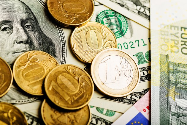 What Is Currency Exchange Rate?   Russian rubles, euro and U.S. dollars