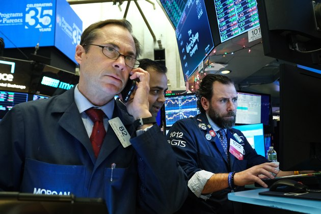 Stocks Fall As Oil Prices Spike Up After U.S. Attack Kills Iranian Top General Qasem Soleimani
