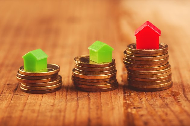 What Is Gross Rental Income?             Real estate mortgage concept
