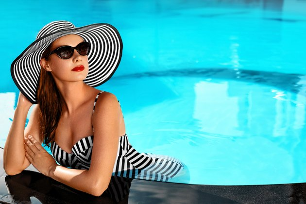 Summer Woman Beauty, Fashion. Healthy Woman In Swimming Pool.