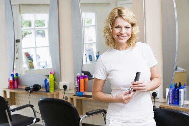 Hairdresser in salon