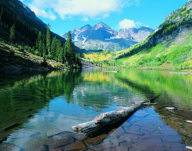 Maroon Lake and Maroon Bells, Rocky Mountains, Colorado, USA