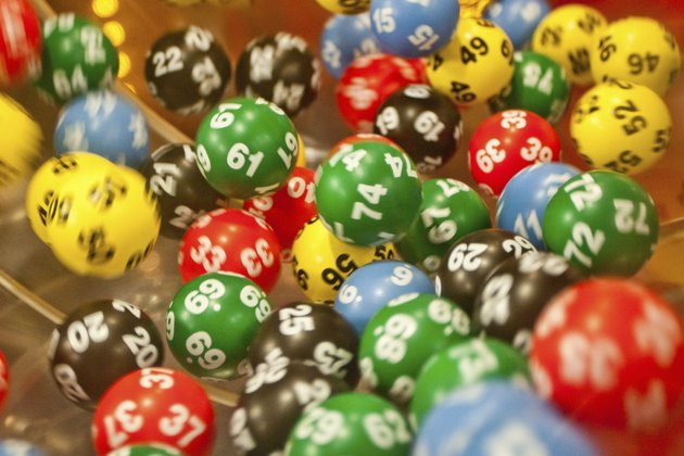 Lottery balls in the mashine