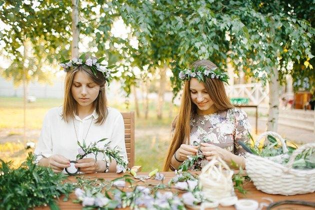 women making flower crowns