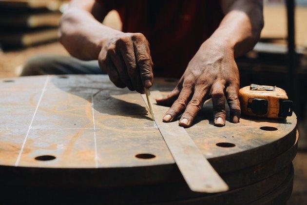 hardworking man hands