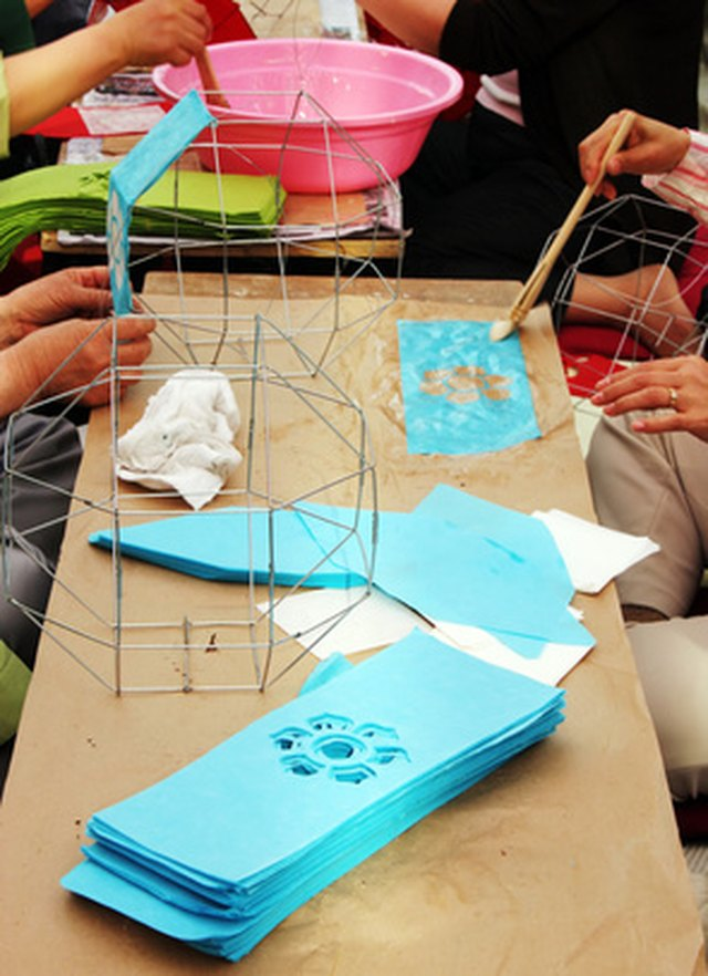 Cheap activities to do in a nursing home for Crafts to make for nursing homes