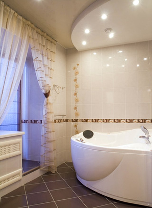 Ideas for Cheap Bathroom Walls & Ceilings | Sapling