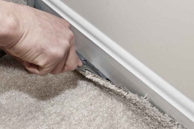 Installing Insulation Carpeting